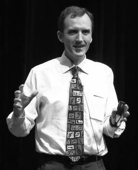 Gerry McGovern bio image.